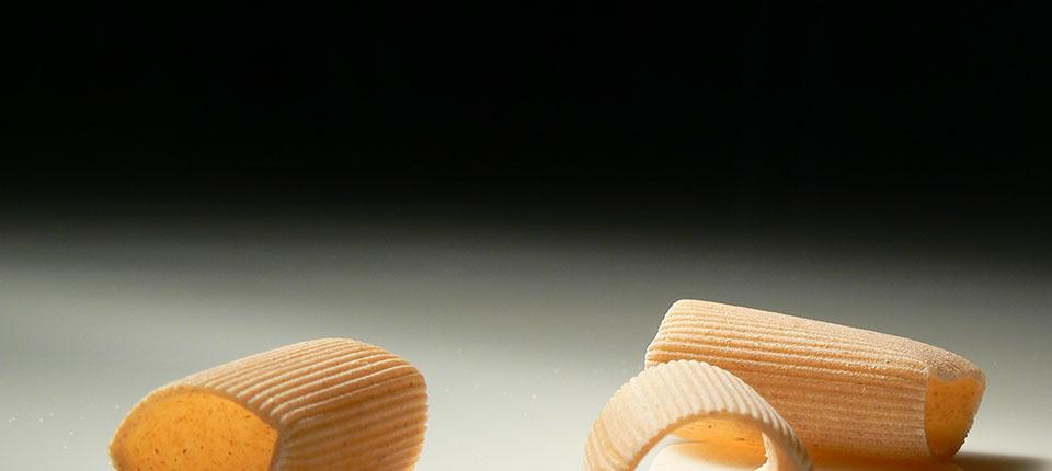 Pane, olio e vino… per vendere la pasta