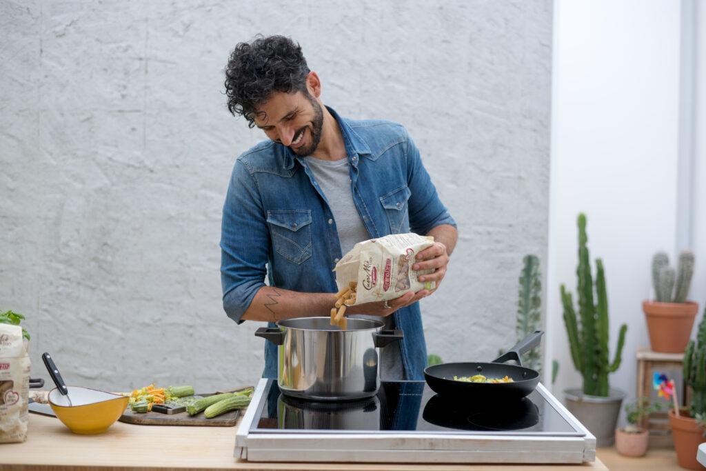 """""""Momenti di Pasta"""", Granoro in cucina con le ricette del food mentor Marco Bianchi"""