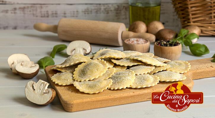 Un ripieno speciale per questo Natale: tutto il sapore dei funghi dentro la vostra pasta!
